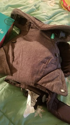 Infantino baby Carrier. Never used just out of the Box for Sale in Philadelphia, PA