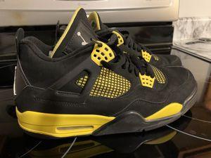 "Jordan 4 retro ""Thunder"" size 10.5 for Sale in Lockbourne, OH"