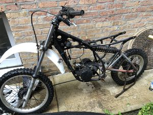 Yamaha dirt bike for Sale in Chicago, IL
