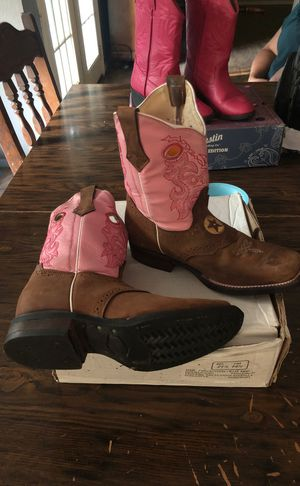 Boots for girl new ** for Sale in Austin, TX