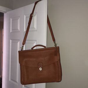 Coach Saddle/computer Bag for Sale in Tampa, FL
