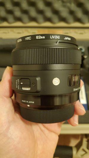 Sigma A mount art 30mm f1.4 hoya filter lens case for Sale in Los Angeles, CA
