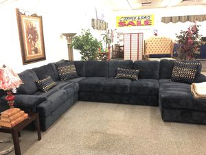 Large 3PC sectional for Sale in Phoenix, AZ