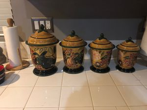Kitchen Storage canisters of 4 for Sale in March Air Reserve Base, CA