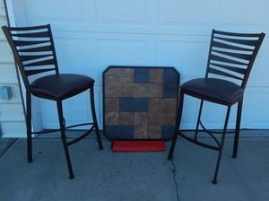 Bar Height Table & Two Chairs for Sale in CRKD RVR RNCH, OR