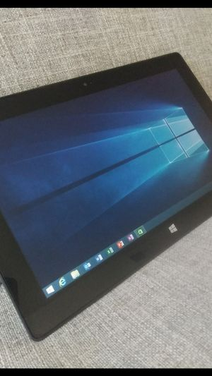 """MICROSOFT SURFACE RT WINDOWS TABLET 10.1"""" 32GB UNLOCKED NO PASCODES for Sale in Los Angeles, CA"""
