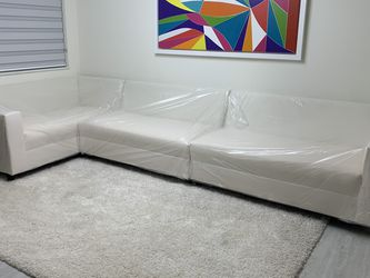 Couch Sofa Muebles For Sale for Sale in Miami Springs,  FL