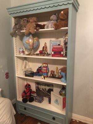 Beautiful custom shelves bookshelf for nursery or bedroom for Sale in Beverly Hills, CA