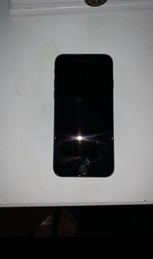 iPhone 8 64GB Original Box with Accessories for Sale in Keokuk, IA