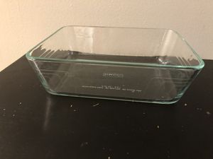 Glass Pyrex .75 no lid for Sale in Martinsburg, WV