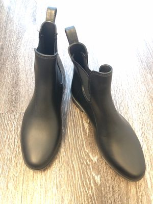 Never worn size 7 black ankle rain boots for Sale in Denver, CO