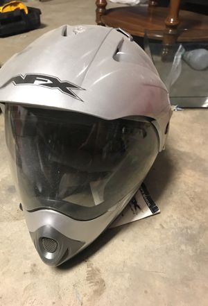 Casco de motocicleta for Sale in Sanger, CA
