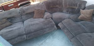 4 recliner sectional for Sale in Fresno, CA