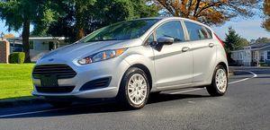 2014 Ford Fiesta 5speed 30k miles for Sale in Marysville, WA