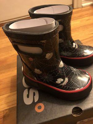 BOGS Rain Boots Skipper Spider - Toddler Size 5 - NEW for Sale in Temple City, CA