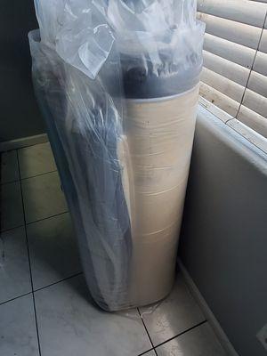 Queen memory foam mattress for Sale in Los Angeles, CA