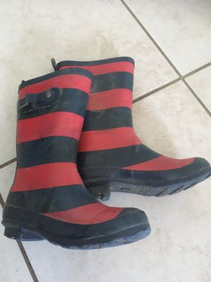 Rain boots (size 2) for Sale in Buffalo, NY