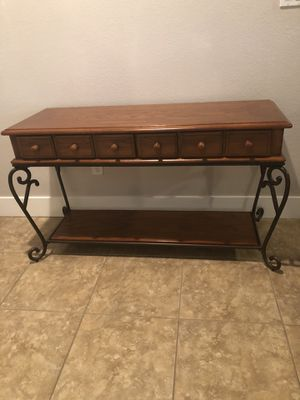 Entry hall table and end table for Sale in Oakley, CA