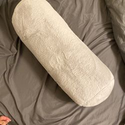 Gray Bloater Pillow for Sale in Stockton,  CA