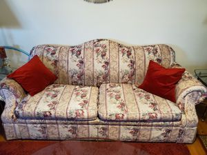 Lazyboy Love seat and couch (red pillows not included) and 2 lamps and 2 tables. for Sale in Raleigh, NC