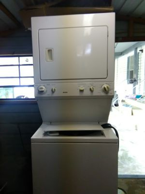 Kenmore stackable brand new used 10 times only for Sale in Seadrift, TX