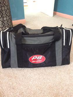 Sports duffle bag for Sale in Glen Burnie,  MD