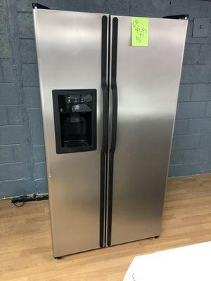 GE gray side by side refrigerator for Sale in Woodbridge, VA