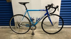 2002 CANNONDALE R900 Si TRIPLE 18-SPEED ROAD BIKE. LIKE NEW! for Sale in Miami, FL
