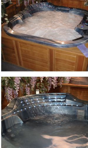 Beautiful HOT TUB with Water Fall. for Sale in Sanford, FL