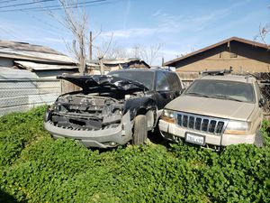2000 jeep grand Cherokee parts for Sale in Bakersfield, CA
