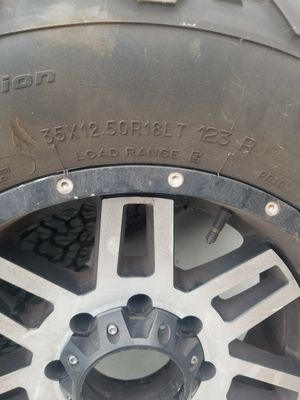 Bfg ko2 35 x12.50x 18 for Sale in Kennewick, WA