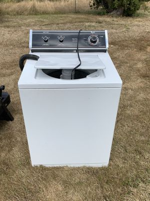 Whirlpool Washer for Sale in Stanwood, WA