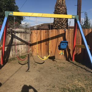 Swing Set -Great Condition for Sale in Carson, CA