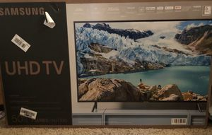 """SAMSUNG 50"""" smart TV for Sale in South Gate, CA"""