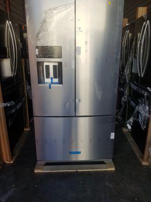 Refrigerator Kitchenaid Stainless Steel 36' 3 door counter depth. New. Warranty for Sale in Hialeah, FL