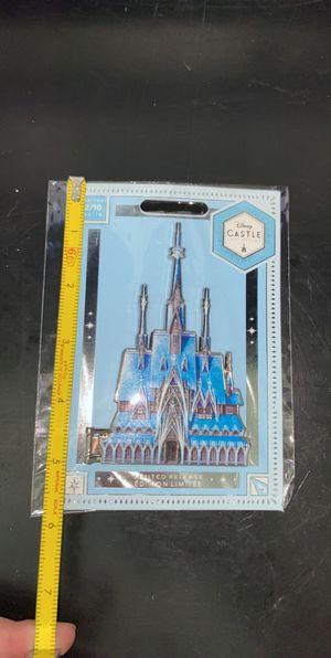 Disney Frozen Castle Pin. Series 2/10 for Sale in Phoenix, AZ