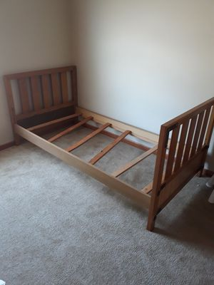 Solid wood twin bed frame for Sale in RAISINVL Township, MI