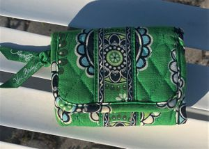 New Vera Bradley Wallet ***See Full Description Check out all listings for Sale in Casselberry, FL
