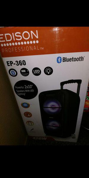 Bosina Bluetooth nueva con control remoto for Sale in Fontana, CA