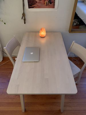 modern white washes birch kitchen table and chairs for Sale in Los Angeles, CA