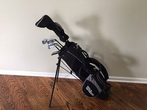 Youth WILSON golf club set for Sale in Bolingbrook, IL