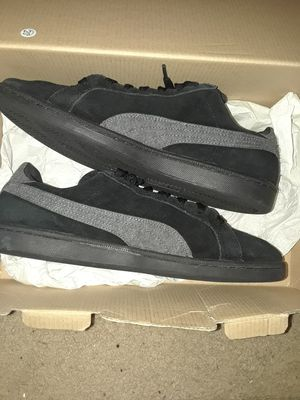 Size 11.5 Mens Puma Suede Athletic Shoe for Sale in West Palm Beach, FL