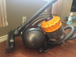 Dyson Dc39 vacuum cleaners for Sale in Aledo, TX