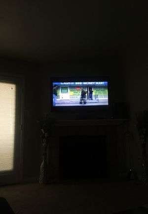 55 inch philips smart tv with wall mount and remote for Sale in Houston, TX