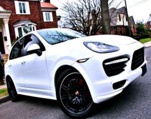 ✦ 2O14Porsche Cayenne GTS AWD 🆕 for Sale in Coral Gables, FL