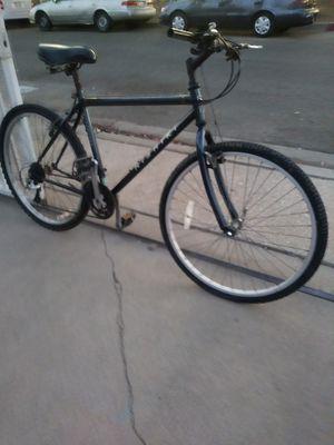 Mountain Bike for Sale in Wilmington, CA