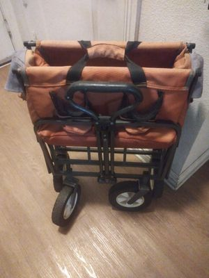 Orange cart good condition for Sale in Anaheim, CA