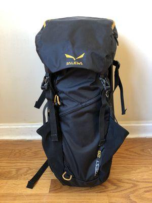 Salewa Crest 28L Backpack for Sale in Atlanta, GA