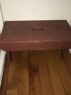 Small Red Painted Wood Bench/Stool for Sale in Milwaukie,  OR