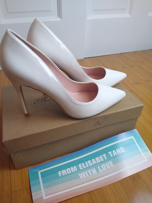Pick up or ship white heels pumps size 7 for Sale in Queens, NY